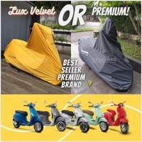 COVER SARUNG MOTOR VESPA SPRINT PRIMAVERA GTS GTV TAHAN CUACA EXTREME - PremiumOutdoor, Hitam