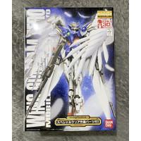 MG 1/100 Wing Gundam Zero + 30th Special Clear Part Bandai