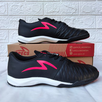 Sepatu Futsal Specs Barricada Maestro Elite IN Black/Diva Pink 401117