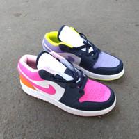 Sepatu Nike Air Jordan 1 Low Mismatched