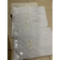 Kertas PVC Bahan ID Card Instan 50 Sheet Merk Amanda - Putih