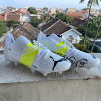 Sepatu Bola Puma Future Z 1.1 White Yellow
