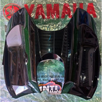 Tutup Tangki Tengah 1PA Hitam Vixion New ORIGINAL YAMAHA ASLI Cover te