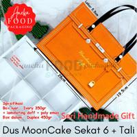 Dus kotak kue bulan MOONCAKE HM RED (seri handmade gift)+inner tali