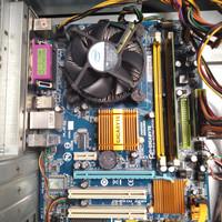 Paket Menbot Prosesor Gigabyte G31M -ES2L Duel Cote 3.0Ghz bonus Ram