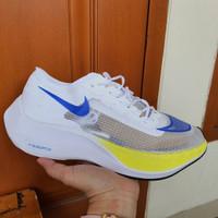 Sepatu Sneakers Nike Air Zoom Vaporfly Next% White Blue Yellow