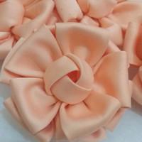 aplikasi bunga kain satin /bahan bros/souvenir/headband