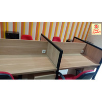 Meja Cubicle partisi kantor untuk 4 staff karyawan