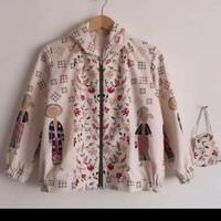 Jaket hoodie wanita Batik