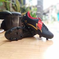 sepatu sepak bola - Hitam, 38
