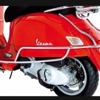 crashbar / sidebar pelindung body samping vespa gts original - chrome