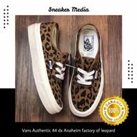 sepatu sneaker Vans Authentic 44 dx Anaheim factory OG LEOPARD BNIBWT
