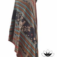 kain tenun Sikka Maumere NTT pewarna alam motif Burung