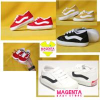 prewalker sepatu bayi NB - 12 bulan anti slip sneakers bayi