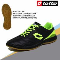sepatu futsal pria lotto hitam hijau kulit PU olahraga lari badminton