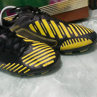 sepatu bola adidas predator Lethal zones absolado