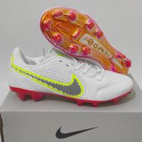 Sepatu Bola Nike Tiempo Legend9 Elite Chrome White Pink