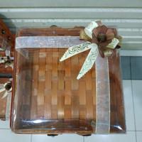 kotak bambu keranjang - box kue seserahan - anyaman + pita - uk. 25x25