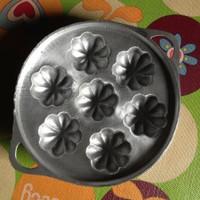 Cetakan Kue Cubit Laba Laba Apem Motif Manggis 7 Lubang Tradisional