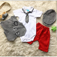 Baju setelan kaos celana pergi jalan casual fashion anak bayi cowok