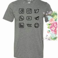 Kaos t-shirt pria sosial media diatro
