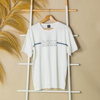 Kaos HUGO BOSS Text Center Stripe White Tshirt 100% ORIGINAL - M