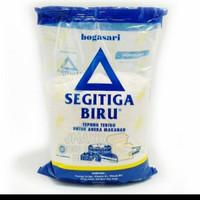 tepung terigu segitiga 1kg