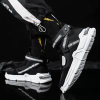 Sepatu Sneakers Pria Import (FKZ20)