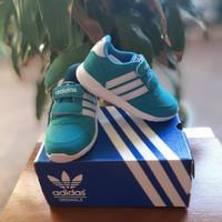 Sepatu Anak Perempuan dan Laki-laki Adidas Hijau Muda
