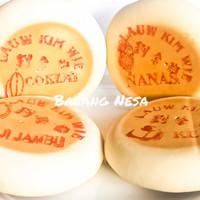 Kue Bulan / Tiong Ciu Pia Ny Lauw Kim Wie