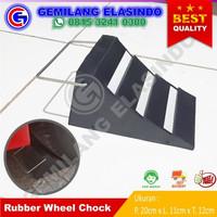 Karet Ganjalan Ban Mobil / Rubber Parking Chock / Rubber Wheel Chock