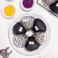 Roti Sobek Kawaii Totoro Mochi Ube & Salted Egg Delicio