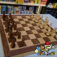 Premium Magnetic Chess 29x29cm - Papan Catur III ( Minor Dent)