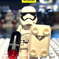 LEGO SW667 - Star Wars First Order Stormtrooper Minifigure