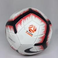 Bola lapangan besar Nike original Strike A League Hyundai putih merah