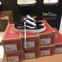 Sepatu vans oldskool classic black white original 100% bnib
