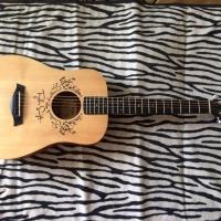 Taylor Baby TS-BT Taylor Swift Signature Guitar