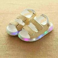 Sepatu Sendal sandal strap anak fashion dengan lampu LED warna warni