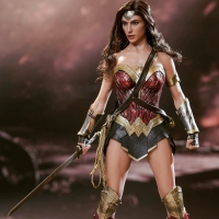 Hot toys wonder woman MIB