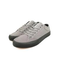 Sepatu Sneakers Casual Lucky Star Golf Grey/Black