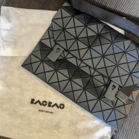 Pre Loved BaoBao Bag excellent condition only in black color come with