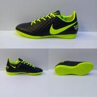 Sepatu futsal Nike tiempo componen white