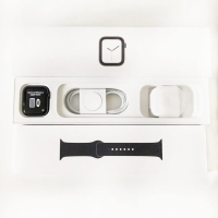 Second Like New Apple Watch Series 4 Space Grey 44mm (GPS+Cell)