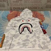 Bape city embroidery shark full zip hoddie ukuran XL BNIP with tag