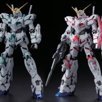 MG Unicorn Gundam Twin Frame Titanium Finish