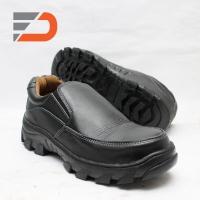 Sepatu safety pendek kerja dinas bahan kulit sapi asli mode slip on