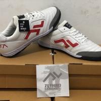 Sepatu Futsal Zethro ALFA - 2.0 Leather White/Red/Black