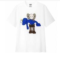Kaos KAWS UNIQLO ORIGINAL T-shirt hype not supreme cdg play bapes hm