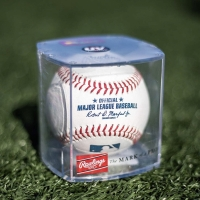 Rawlings Official MLB Baseball and Display Cube Baseball Bola Ball