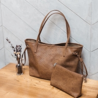 PADDY Avery Tote Bag in Day (brown)